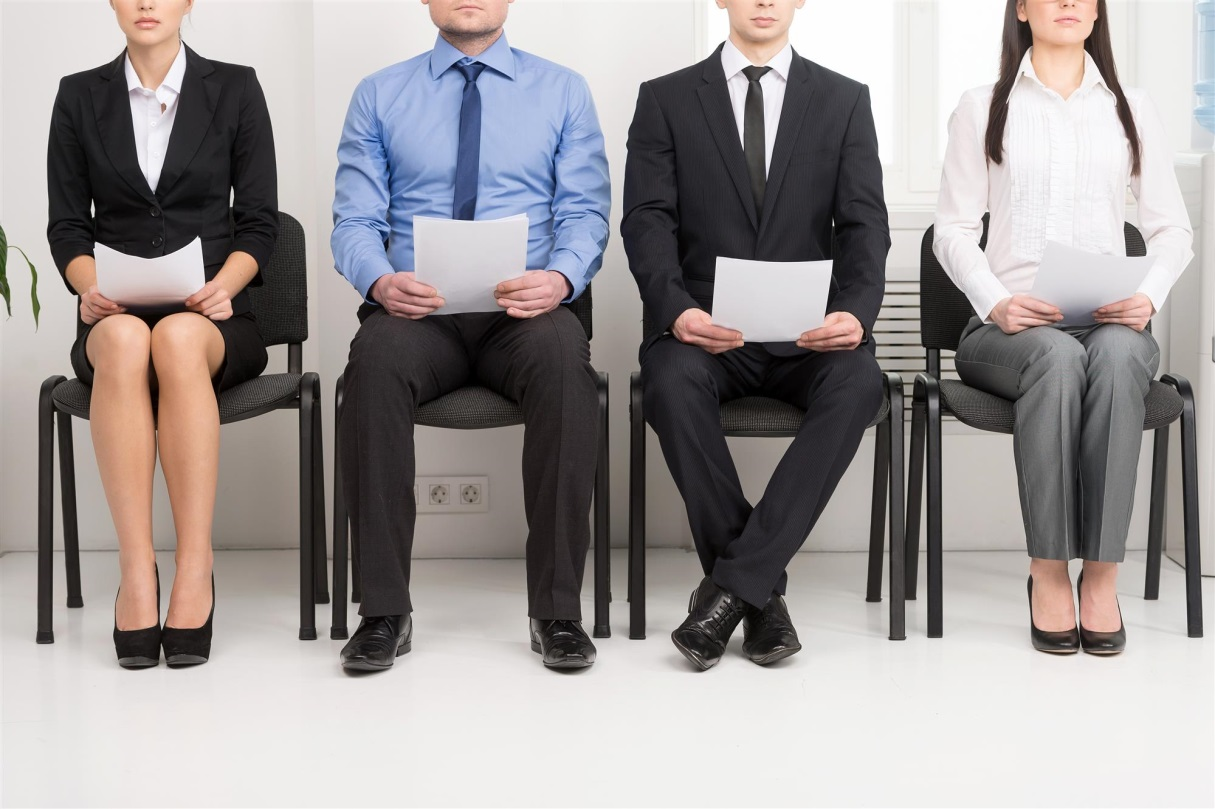 job-applicants-waiting